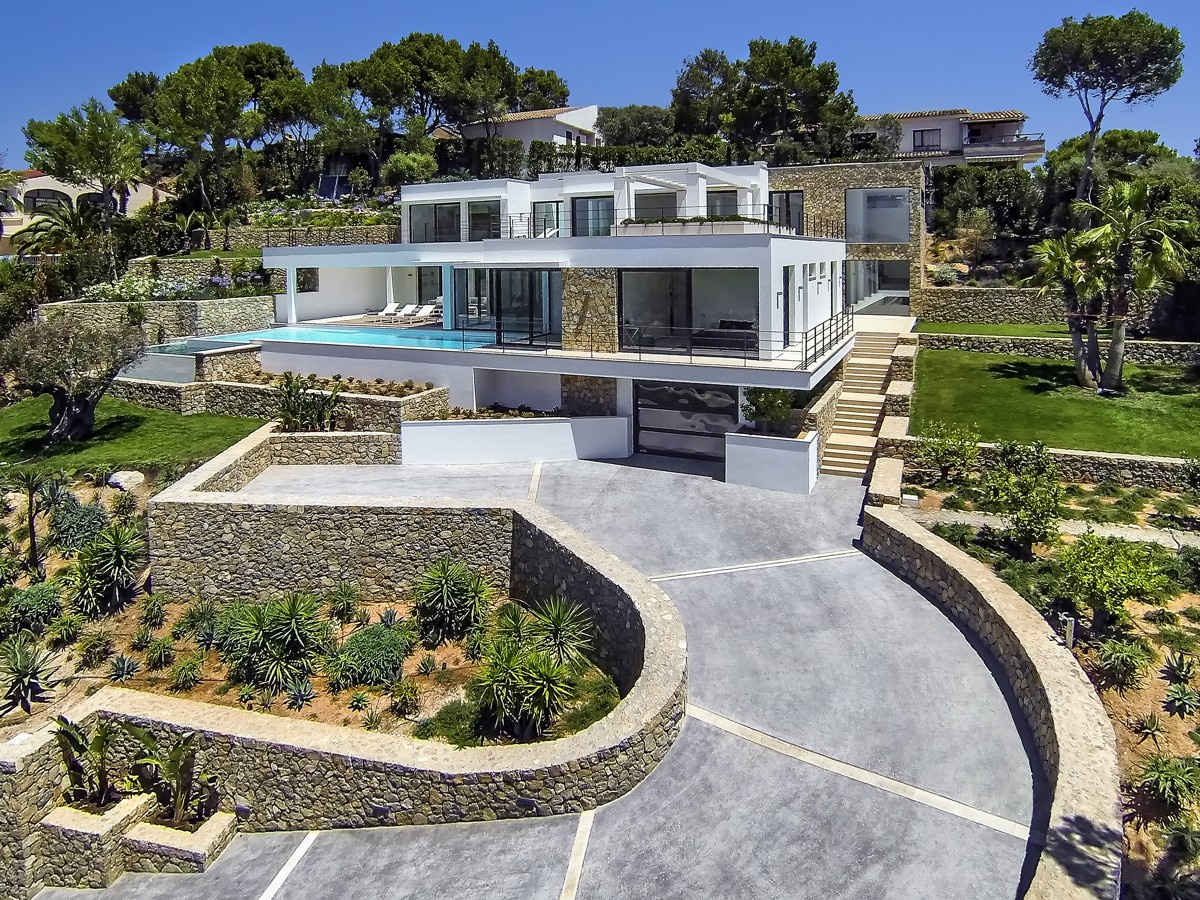 Modern villas for sale luxury contemporary villas and for Modern houses in spain
