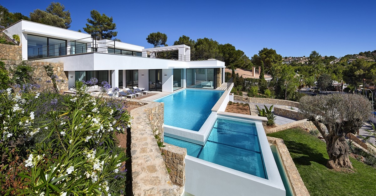 Villa for sale in Nova Santa Ponsa, Mallorca.