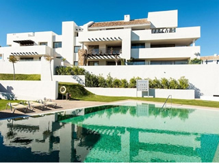 Apartment for sale in Los Flamingos, Marbella