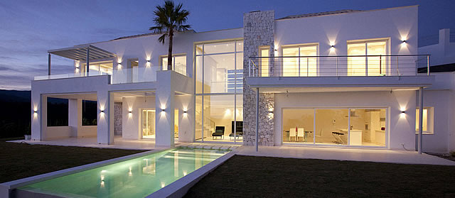 contemporary designer villa in Montemayor Marbella